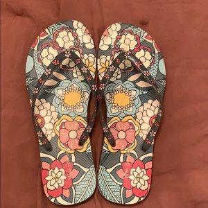 Women's Vera Bradley flip-flops